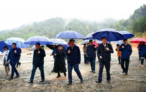 桂林市市委市政府领导莅临丰泰能源龙胜基地